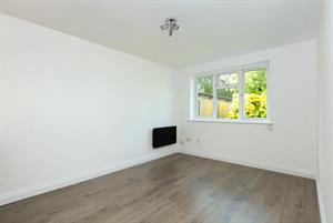 NEW TO THE MARKET...3 Chaucer Court, 75 Wendover Road, Staines, TW18 3DW