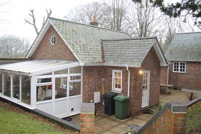 Sheardley Lane, Droxford, Southampton image
