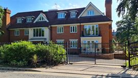 Estate Agents in Sunninghill : Beverley Williams : 2 Bedroom Ground Floor Flat : Red Gables St. George's Lane, Ascot : Offers Over £500,000 : Click here for more details on this property