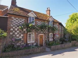 Estate Agents in Salisbury : Baxters : 2 Bedroom Cottage : Great Wishford, Salisbury : Guide Price £230,000 : Click here for more details on this property