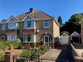 Estate Agents in Salisbury : Baxters : 3 Bedroom Semi-Detached House : Salisbury : Guide Price £345,000 : Click here for more details on this property