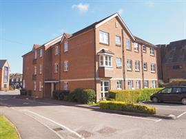 Estate Agents in Salisbury : Baxters : 2 Bedroom Retirement Property : Archers Court, Salisbury : Guide Price £209,500 : Click here for more details on this property
