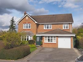 Estate Agents in Salisbury : Baxters : 5 Bedroom Detached House : Salisbury : Guide Price £575,000 : Click here for more details on this property