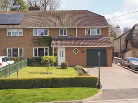 Estate Agents in Salisbury : Baxters : 4 Bedroom Semi-Detached House : Ludgershall, Andover : Guide Price £399,500 : Click here for more details on this property