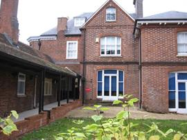 Estate Agents in Reading : Dunster And Morton : 0 Bedroom Commercial Property : L042 : £9,500 pa : Click here for more details on this property