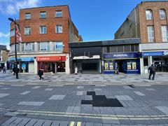 Estate Agents in Slough : Focus Commercial : 0 Bedroom Shop : 141 High Street Slough SL1 1DH : £45,000 pa : Click here for more details on this property