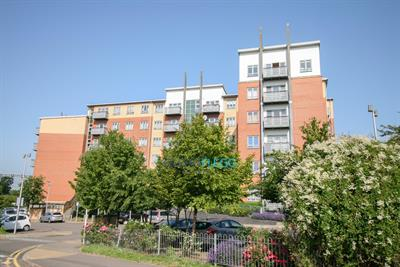 Priory Heights, Crossrail Doorstep - Evening Viewings Available