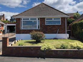 Estate Agents in Exmouth : Meadows : 2 Bedroom Detached Bungalow : Mount Pleasant Avenue, Exmouth : £345,000