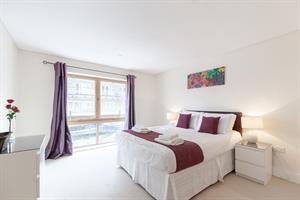Estate Agents in Ashford : Pure Apartments - Clarkscloud : 1 Bedroom Serviced Apartments : Marina Place, Hampton Wick, Kingston : £833 pw : Click here for more details on this property