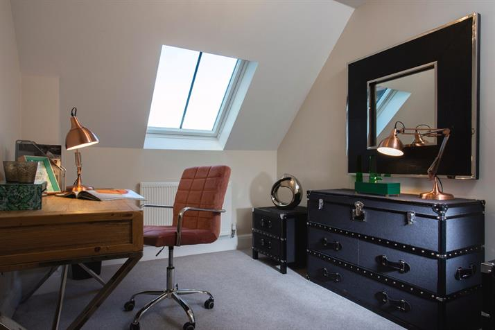 Study/bedroom - example
