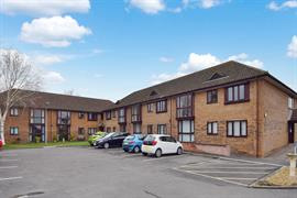 Estate Agents in Amesbury : Simon Colligan : 2 Bedroom Apartment : London Road, Amesbury, Salisbury, SP4 7JX : £152,500 : Click here for more details on this property