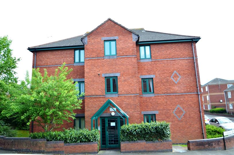 EXETER QUAY - 2 BED AND PARKING