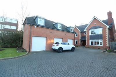 Butlers Courts Lane,  Handsworth Wood, B20